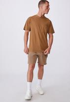 Cotton On - Washed pocket T-shirt - burnt almond