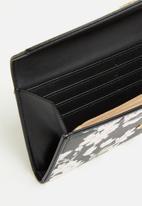 Pierre Cardin - Gia floral purse  - black