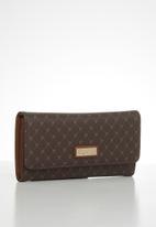 Pierre Cardin - Gulianna logo trifold wallet  - brown & tan