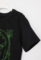 POP CANDY - Younger boys styled tee - black