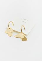 Lorne - Inner urge earring - gold