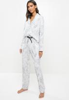 Superbalist - Sleep shirt & pants set - white & black