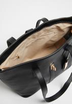 Pierre Cardin - Zanele medium turnlock tote  - black