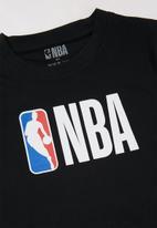 NBA - Nba straight hem printed tee - black
