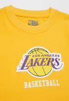 NBA - Lakers icon straight hem tee - yellow