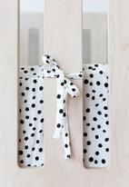 Phlo Studio - Spotty  cot bumper - black & white
