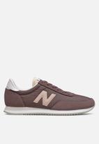 New Balance  - 720 - brown (225)