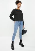 Blake - Fleece combo sweater with peterpan collar - black