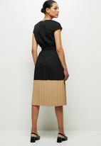 edit - Pleated combo dress dress - black