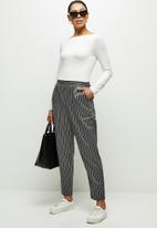 edit - Pull on tapered pant stripe - grey