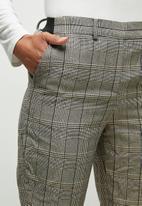 edit - Pull on check straight leg - grey