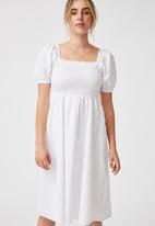Cotton On - Woven petite leah short sleeve midi dress - white