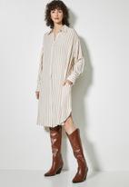 Superbalist - Viscose twill shirt dress - stone & white