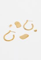 Lorne - Hoop & charm s earring - gold