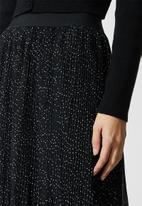 Superbalist - Mushroom pleated midi skirt - black
