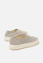 Cotton On - Jamie lace up plimsoll - check