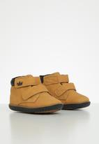 Klin - Boys mini flyer sneaker - tan