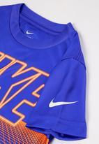 Nike - Nkb nike grid tee - game royal