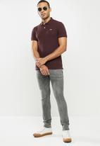 urban° - Mens urban small logo golfer - burgundy