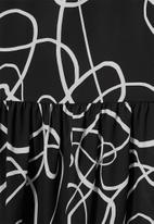 Superbalist - Midi gypsy dress - black & white