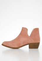 Jada - Western side cut ankle boot - dusty pink