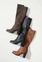 Butterfly Feet - June over the knee boot - brown