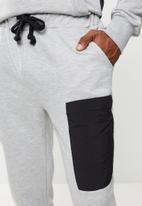 Flyersunion - Fashion jogger - grey