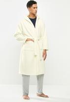 STYLE REPUBLIC - Fleece hooded robe - cream