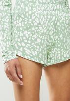 Missguided - Animal long sleeve shirt short - green & white