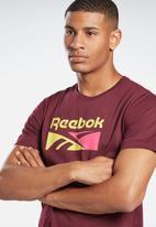 Reebok - Split vector short sleeve tee - maroon