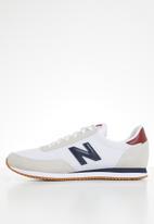 New Balance  - 720 - white (100)
