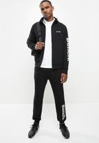 Bench - Maslow zip fleece - black