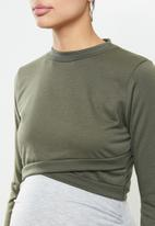 Missguided - Maternity 2 in 1 layered dress - grey & green