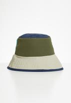 Superbalist - Colourblock bucket hat - multi