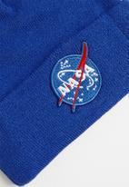 Superbalist - Nasa logo beanie - blue