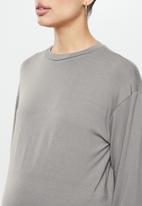 Superbalist - Side slit long sleeve tee - mocha