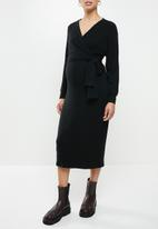 Superbalist - Dolman sleeve mock wrap dress - black