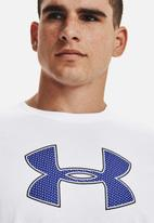 Under Armour - Ua big logo short sleeve - white