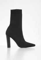 Missguided - Stacked heel knitted pointed toe ankle boot - black
