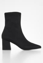 Missguided - Pointed toe mid heel sock boot lycra - black