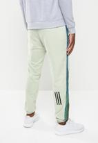 adidas Performance - Bosc pants - light green