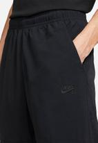 Nike - Nk sb novelty track pant - black