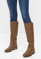 Miss Black - Alicia riding boot - tan