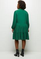 MILLA - Peached woven piecrust tiered mini dress - green
