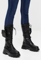 Plum - Nova chunky boot with removable pouch - black