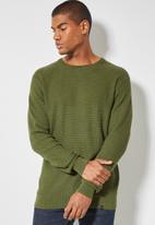 Superbalist - Chevron textured regular fit knit - olive