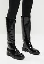 Public Desire - Alias lock detail riding boot - black