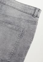 Violeta by Mango - Plus jeans lilly - grey