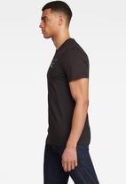 G-Star RAW - G-star chest graphic v-neck short sleeve tee - black