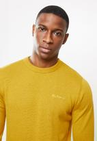 Ben Sherman - Crew knit - mustard